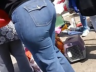 Constricted ass Latina in Constricted Jeans